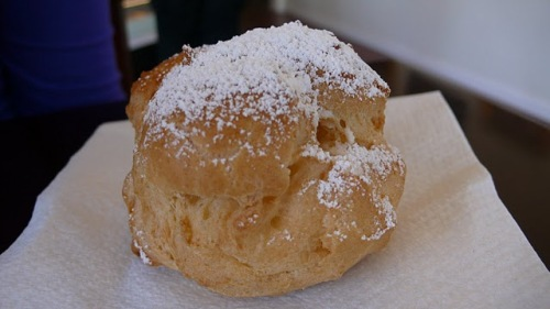 Pacific Puffs Classic Sugar Cream Puff